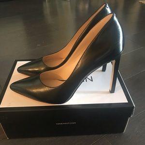 Nine West Black Leather Stiletto Pumps Brand New